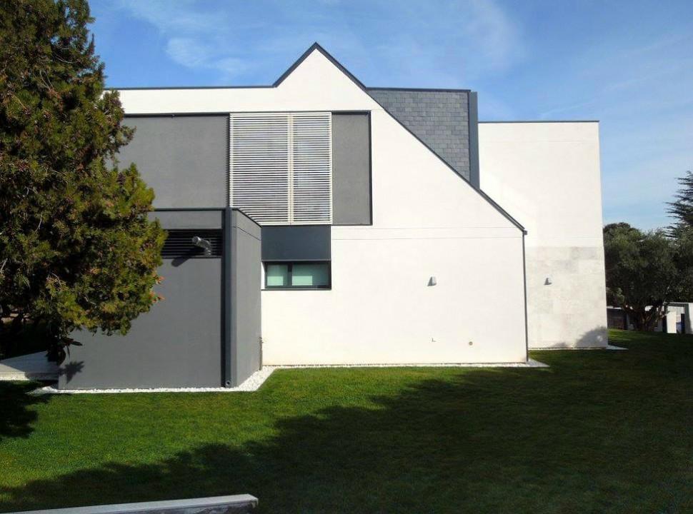 Vivienda Unifamiliar en Monteclaro, Pozuelo de Alarcón, Madrid.Un proyecto del estudio de arquitectura FH2L Arquitectos.