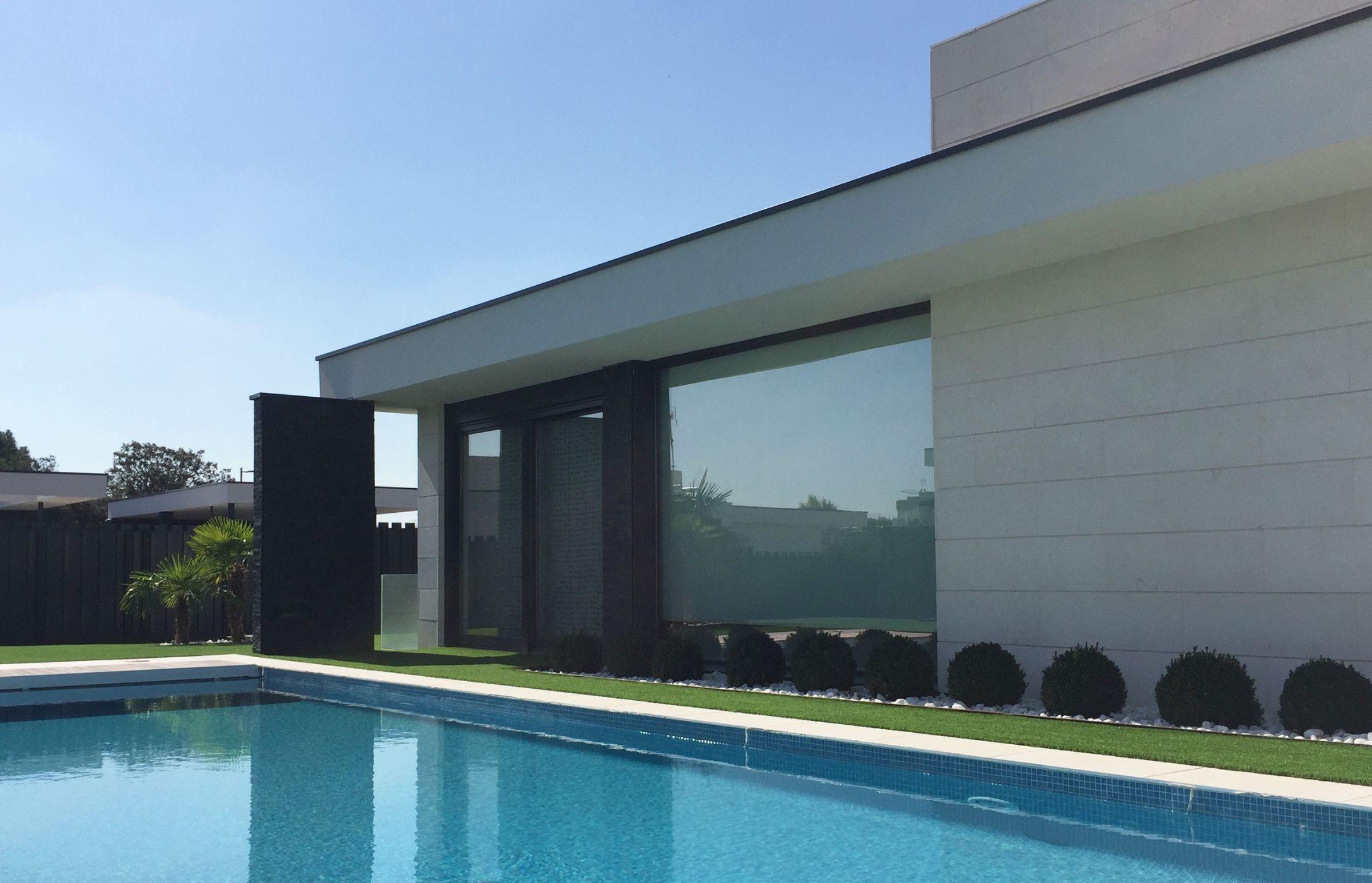QHOMES14. 14 viviendas unifamiliares en Boadilla del Monte (Madrid). Proyecto de FH2L Arquitectos