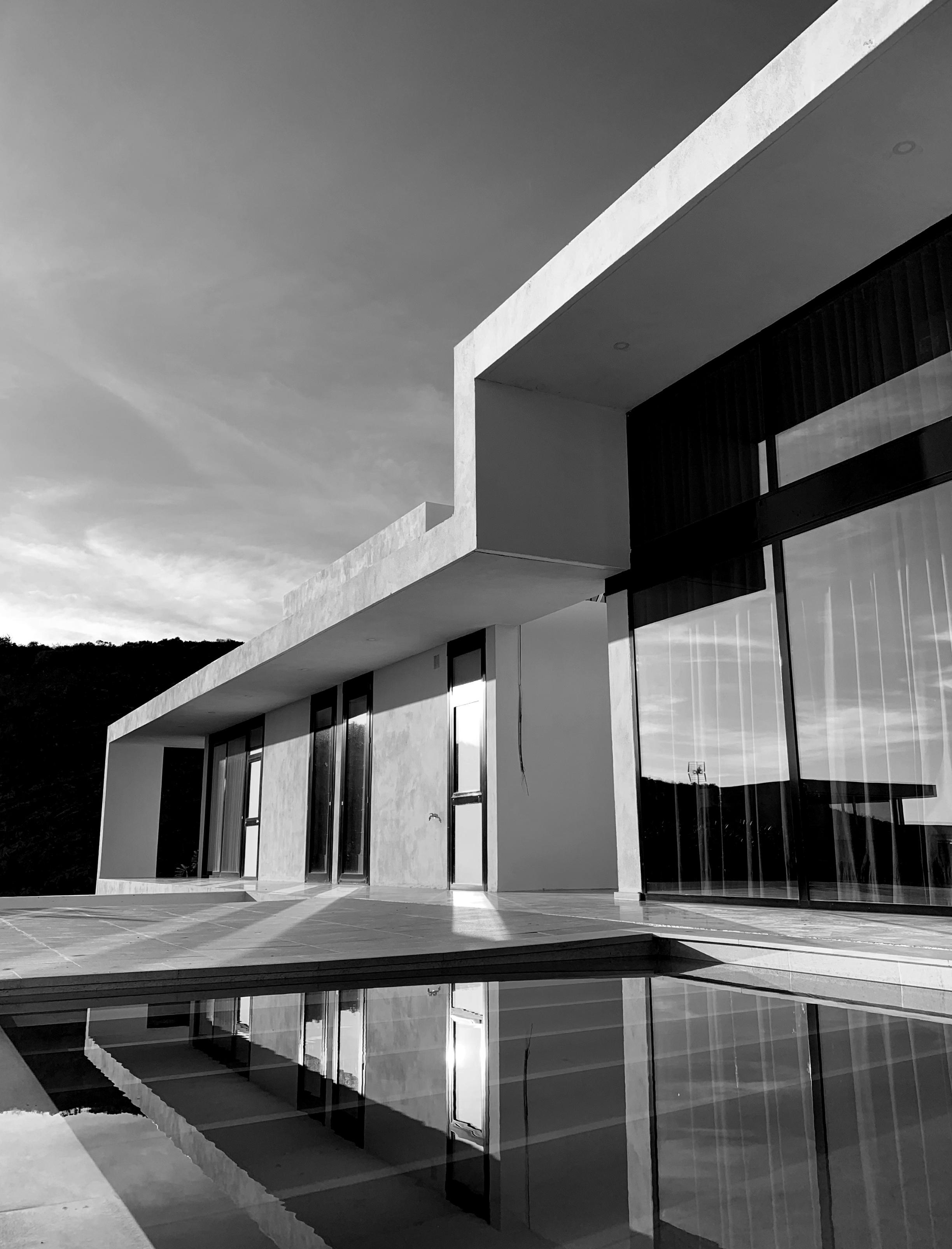 6 viviendas unifamiliares. Un proyecto del estudio de arquitectura FH2L Arquitectos en Casares, Málaga.