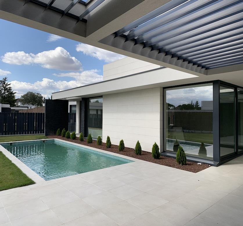 QHOMES12. Proyecto de FH2L Arquitectos. Conjunto integrado de 12 viviendas unifamiliares . Urbanización Valdecabañas, Boadilla del Monte, Madrid.